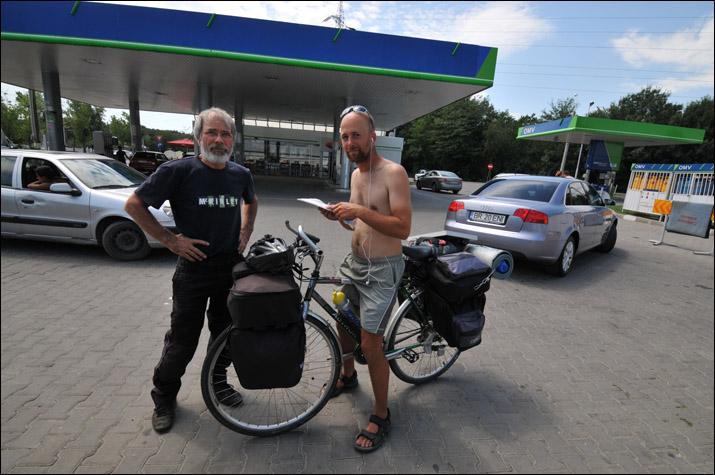 Biciclistul ceh pe drumul sau catre casa, la Galati